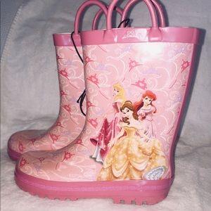 NWT- sz 11/12 Disney Princess rubber boots